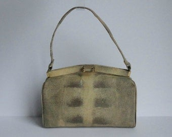 Lovely 40s Vintage Lizard Hand Bag With Golden Closure