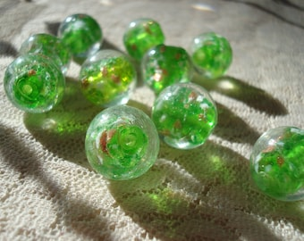 8 Big Handmade GoldSand LampWork Beads. 15mm. Green Core w/Goldsand and White Reflective Chips Inside Clear Glass. ~USPS Ship Rates/ Oregon