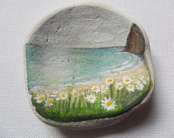 Ox eye daisies by the sea, england - Acrylic miniature painting on English sea pottery