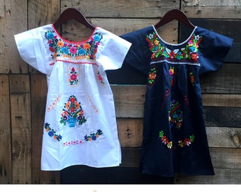 4 yrs. Mexican girl dress, Mexican hand embroidered dress, spring dress, girls dress, floral dress