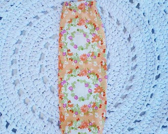 Small Shopping/Plastic/Grocery Bag Holder: Clover Crown Peach