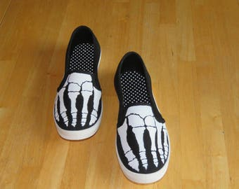 Ladies skeleton bone sneakers SIZE 8