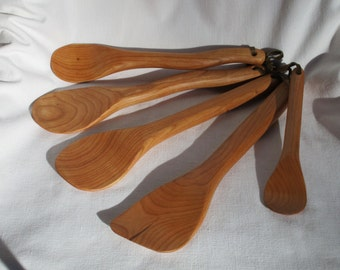 handmade cherry wooden spoon set