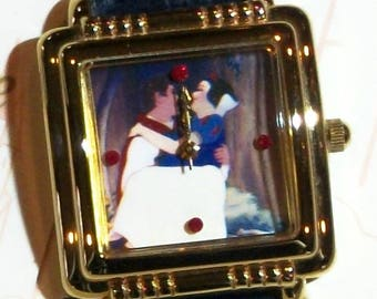 Disney LE Snow White Watch! New! In Fairytale Hard Case which is so Elegant! With Certificate of Authenticity!