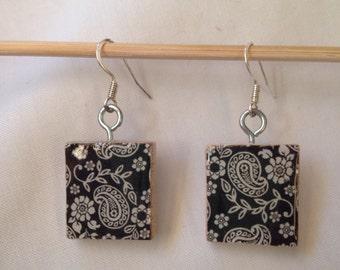 FREE SHIPPING! Scrabble Tile Earrings: Paisley