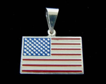 Vintage Estate .925 Sterling Silver American Flag Pendant 4.6g E3131