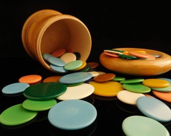 Tiddledy Winks, Table Game, collectible, RARE old Flohspiel, tiddlywinks / in original wooden box / 73 pcs clip chip