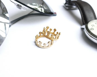 Antique Crown ring