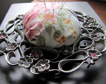 Pin Cushion (handmade)