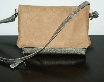 Bag-pouch golden brown leatherette and suede Brown United.