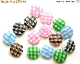 HALF PRICE 10 Gingham Buttons