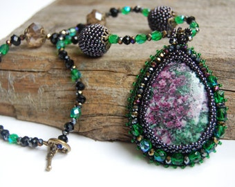 Jasper necklace bead embroidered pendant green purple gemstone natural crystal statement necklace