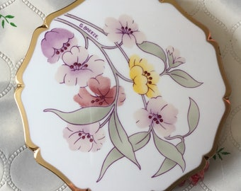 Vintage compact Stratton queen convertible powder compact handbag mirror compact 1990's compact floral flowers compact G Breeze Stratton