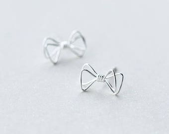 Free shipping: sterling silver bow tie earrings