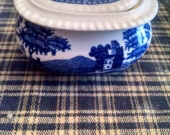 spode copeland blue  mini sugar bowl