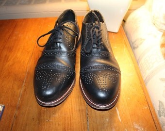 Women's Black Oxford Shoes Size 8
