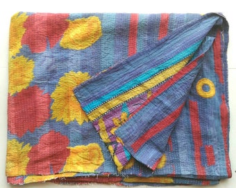 SALE!! USD 20 off! light weight Vintage kantha quilt from India/ throw/ blanket/ coverlet/ Sari quilt/ Gudri/ baby quilt/ bedding decor!!