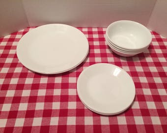 Corelle Winter Frost Dinner Plates Corelle Winter Frost Bread Plates Corelle Winter Frost Cereal Soup Bowls Corelle White