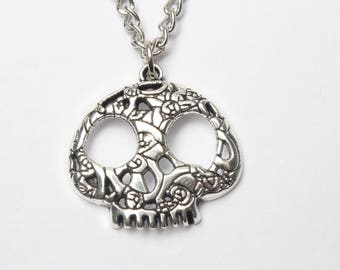 Sugar skull necklace, Silver skull necklace, halloween jewelry, silver chain, flower skull pendant, day of the dead