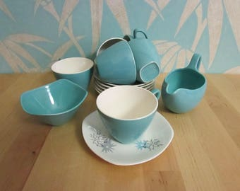 """1959 Midwinter Stylecraft Fashion Shape """"Quite Contrary"""" coffee set *RESERVED for Laura"""