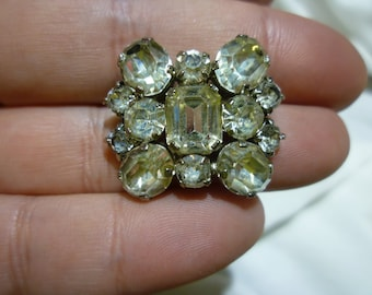 C72 Vintage Made in Austria Clear Rhinestone Brooch.