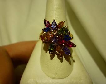F44 Vintage Color-Burst Costume Statement Ring, Size 8.