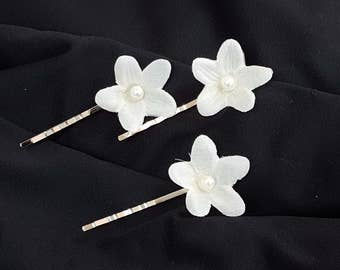 Stephanotis hair accessory
