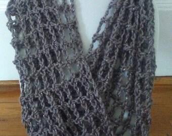 Crochet net cowl