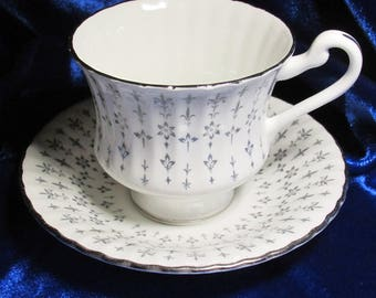C1960 Paragon Heritage Pattern in Grey w Platinum Trim Cappuccino Cup & Saucerr
