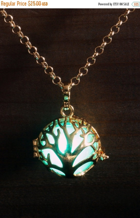 ON SALE TODAY - Glowing Pendant Tree of Life Necklace Tree of Life Locket Golden, Birthday Gift for Her, Fairy glow Jewelry,Led light - Gree