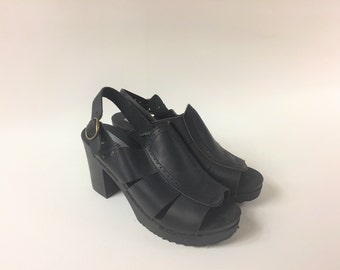 90s Black Platform Mule / 90's Wooden Heel Clogs / Vintage Slip on Shoes / Womens Leather Chunky Heels ì / Womens  Shoes US 9 / UK 7 / EU 40