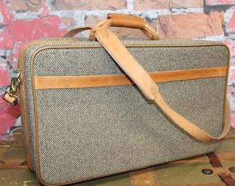Vintage 1960's Hartmann Gray Tweed Brown Leather Trim Suitcase, Vintage Carry On Suitcase , Vintage Luggage, Vintage Suitcase, Travel Case