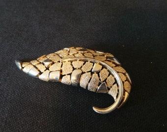 SALE Vintage Signed Trifari Geometric Gold Leaf Brooch Pin