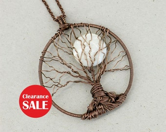 Tree-of-life necklace Mother-of-pearl necklace Tree pendant Family tree necklace Boho jewelry Mothers day gift-for-mom gifts-for-sister gift