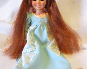 Vintage 1969 Ideal Crissy Doll