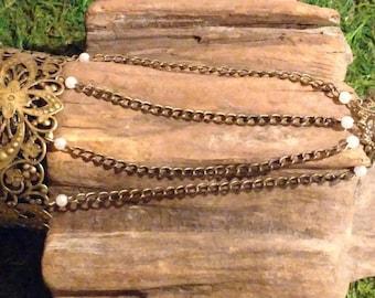 Hand Chain No. 15
