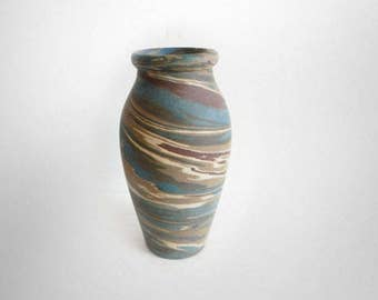 Niloak vintage art pottery vase with muted earth colors - marked