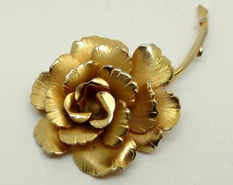 Vintage Giovanni Gold Tone Brooch