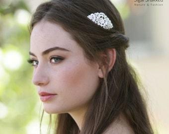Silver Bridal Comb, Bridal Hair Accessory, Wedding Headpiece. Wedding Comb, Decorative Comb, Silver Bridesmaid Comb, Bridesmaid Headpiece