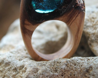 blue ring topaz Jewelry sapphire ring jewelry lovers Organic jewelry terrarium ring amulet jewelry promise ring resin wood jewelry art deco