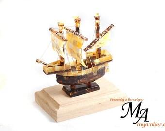 BOAT made of Baltic Amber 13452 +Certificate   decoration handmade Polish myamber ship sailing boat