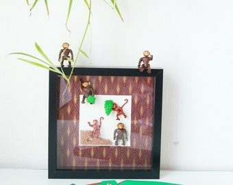 Playmobil monkeys Savannah frame figurine, playmobils vintage travelers gift, gift under 50, produces recycled frame