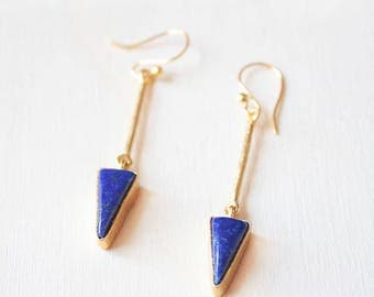 Lapislazuli drop earrings, gold and lapislazuli gemstone earrings, blue stone earrings, lapislazuli jewelry, blue dangle earrings, blue gem