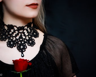 Customizable gothic Black tatted lace choker with black bead