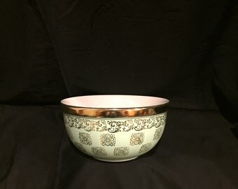 Vintage Hall's Superior Kitchenware Mixing Bowl