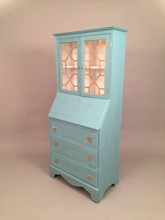 Stunning Hutch china cabinet or dresser and desk/work station