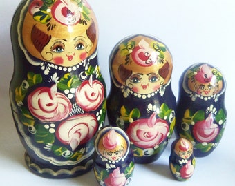Wooden Matryoshka - Russian Nesting Dolls