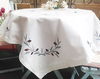 Vintage table cloth with embroidered olive fruit detail. Perfect for Alfresco dining / country wedding.