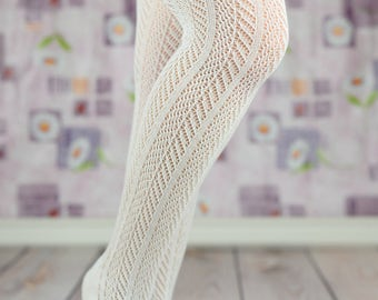 White Ruffled Cable Knit Boot Socks