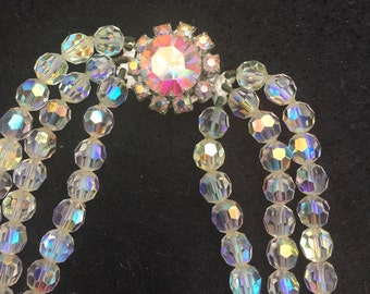 Vintage 1950s Necklace / Aurora Borealis 50s Crystal Bead Necklace / Multi Faceted Glass Beads / Treble Strand Vintage Necklace / Glass Bead